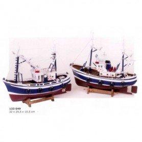 Maqueta naval de barco de pesca