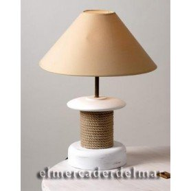 Lámpara náutica cabrestante de madera y cáñamo