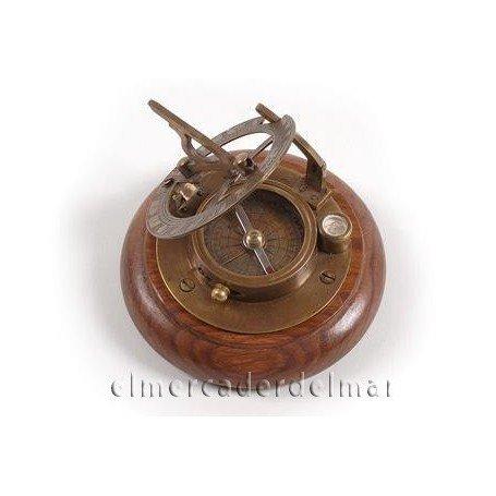 Reloj solar náutico con brújula