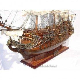 Maqueta naval del galeón español San Felipe