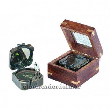 Brújula Brunton cuadrada en caja de madera