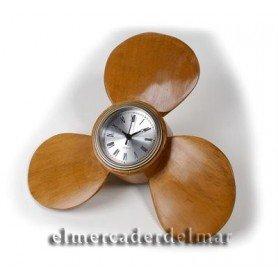 Hélice náutica de barco en madera con reloj