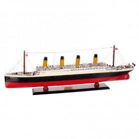 Maqueta de barco Titanic con luz en decoracionmar.com para decoración náutica y marinera